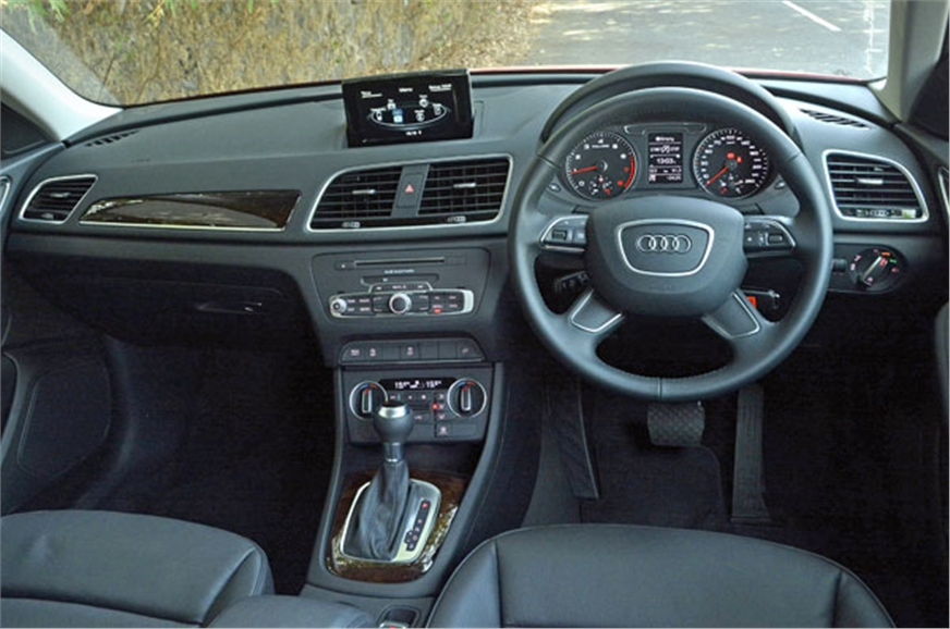 2017 audi q3 facelift review specifications price. Black Bedroom Furniture Sets. Home Design Ideas