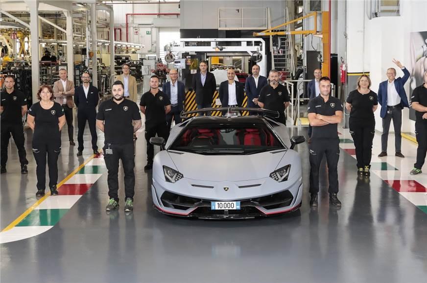10,000th Lamborghini Aventador produced