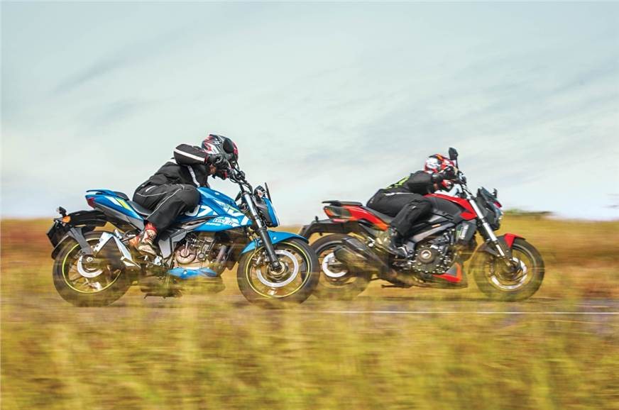 Bajaj Dominar 250 vs Suzuki Gixxer 250 comparison