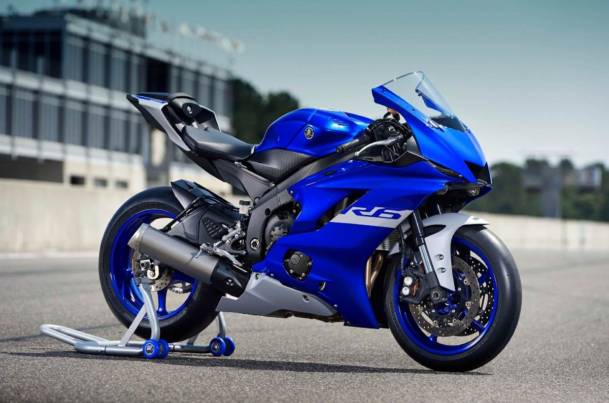 Yamaha YZF-R6 will not be road legal in 2021