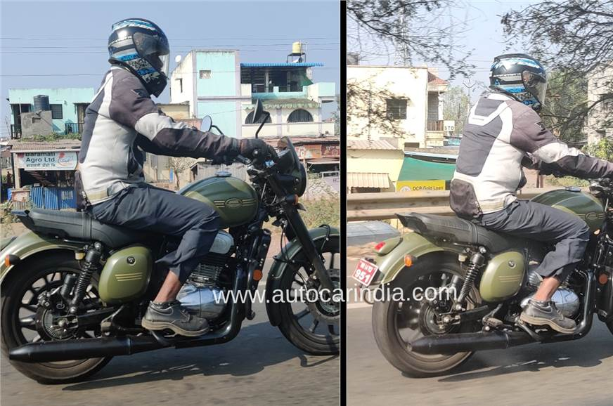 Jawa Forty Two with alloy wheels, blacked-out theme seen testing