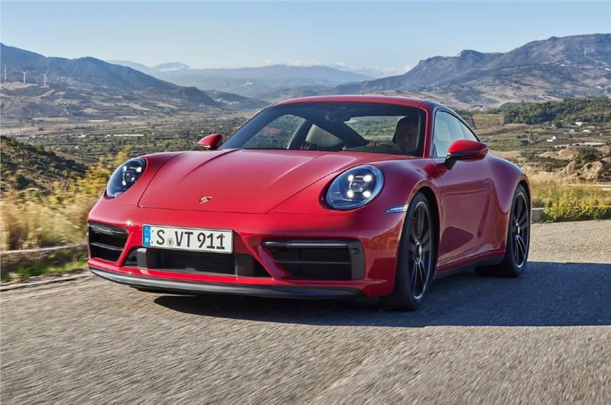 New Porsche 911 GTS unveiled