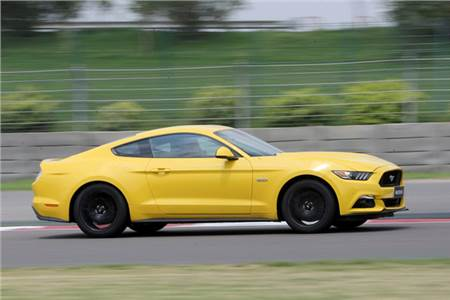 2016 Ford Mustang GT review, test drive