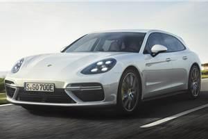 New Porsche Panamera Sport Turismo Turbo S E-Hybrid revealed