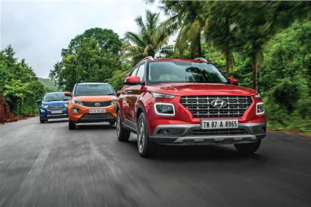 Hyundai Venue vs Ford EcoSport vs Tata Nexon petrol AT comparison