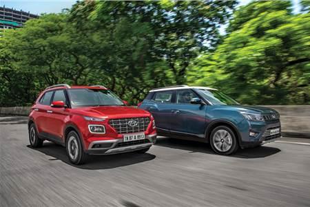 Hyundai Venue vs Mahindra XUV300 diesel comparison
