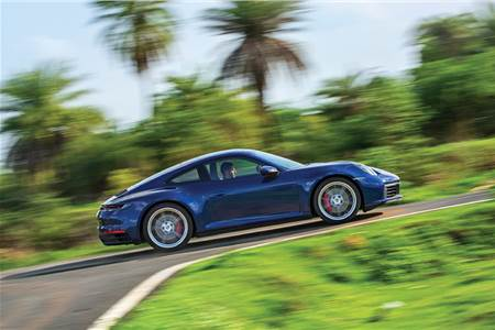 2019 Porsche 911 Carrera S review, test drive