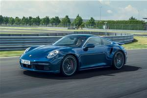 New Porsche 911 Turbo debuts with 580hp
