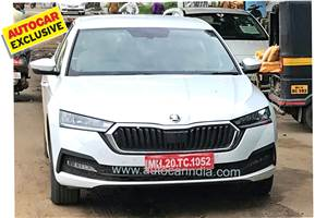 New Skoda Octavia spied fully undisguised in India