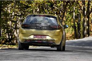 Upcoming Tata Altroz Turbo to take on all-new Hyundai i20