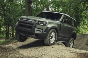 Hydrogen-powered Land Rover Defender trials to begin later this year