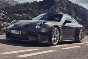 New Porsche 911 GT3 Touring revealed