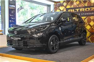 Tata Altroz Dark Edition: A close look inside-out