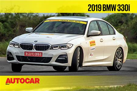 HOT LAP: 2019 BMW 330i Autocar India Track Day 2019 video