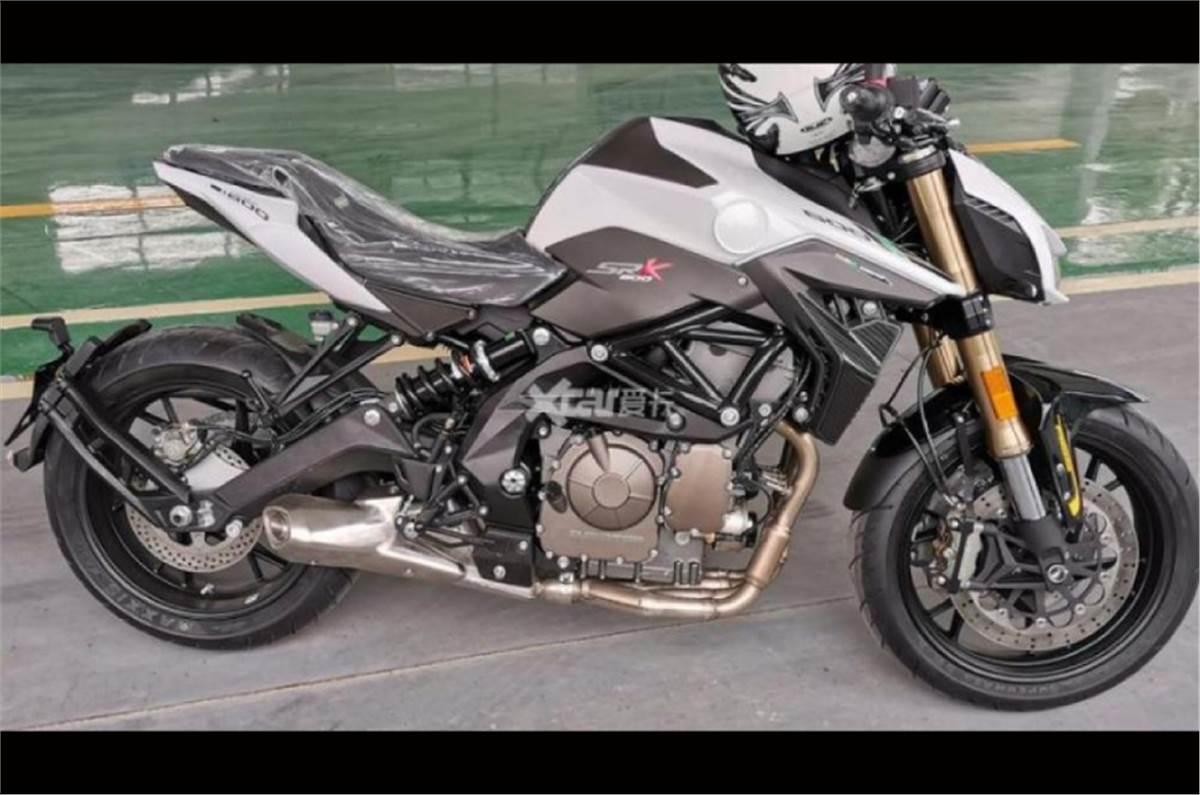 Benelli Leoncino-based 500cc sportbike spied overseas - Autocar India