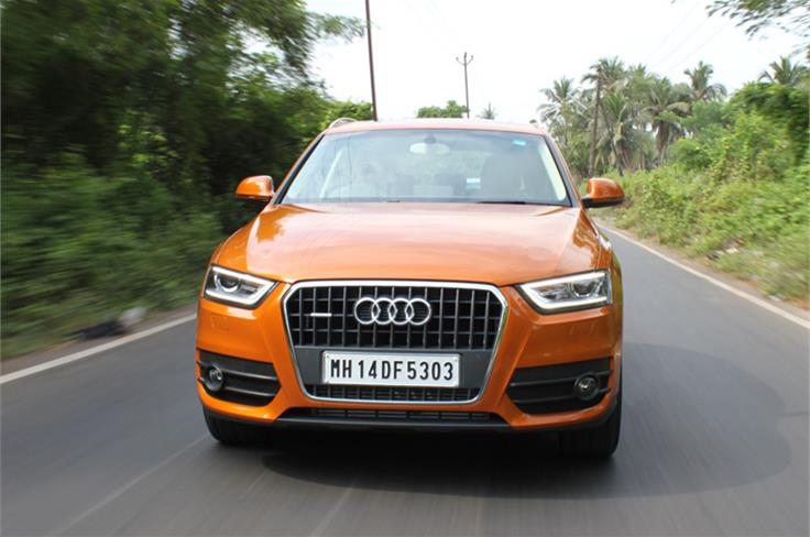 Q3 has a Audi typical-family look when viewed from the front.