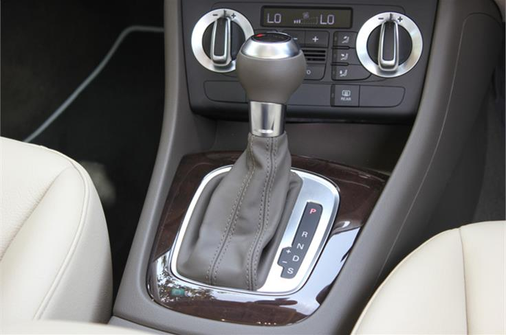7-speed S-tronic gearbox standard on the Q3.