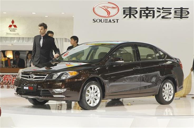 The SouEast V5 saloon is based on an old Mitsubishi Lancer
