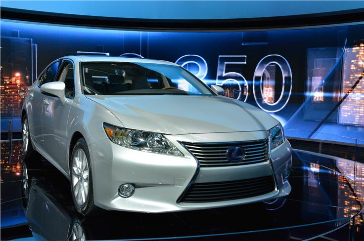 The ES saloon sits above the IS in the American Lexus range