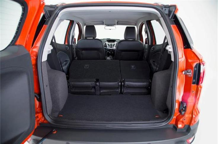 Boot space is a little limited at 346 litres and the rear seats split 60:40 to make more room on all variants except the base Ambiente.
