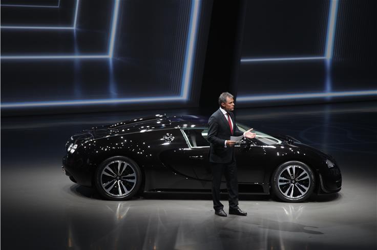 Bugatti revealed a special edition Veyron Grand Sport Vitesse.