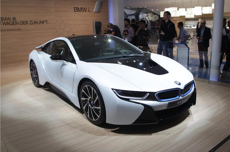 BMW claims the production-spec i8 can crack 0-100kph in 4.4 seconds.