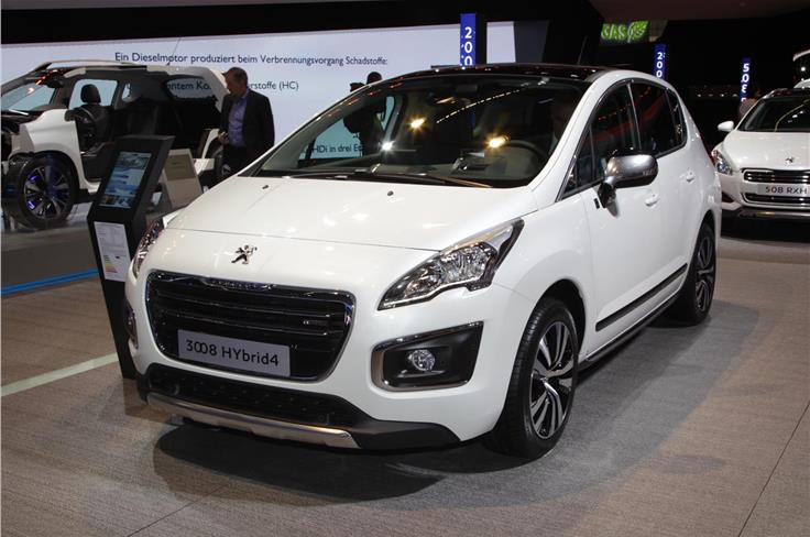 Peugeot revealed the facelifted 3008 at the show.