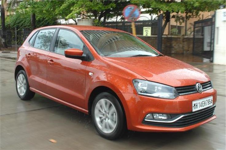The updated VW Polo gets a restyled front bumper with a thick chrome strip running across the air-dam.