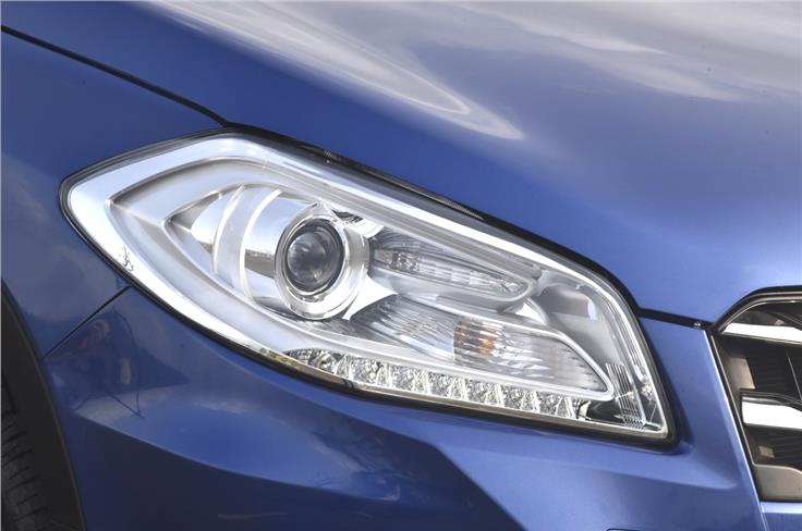 The top-spec S-Cross is equipped with projector headlamps.