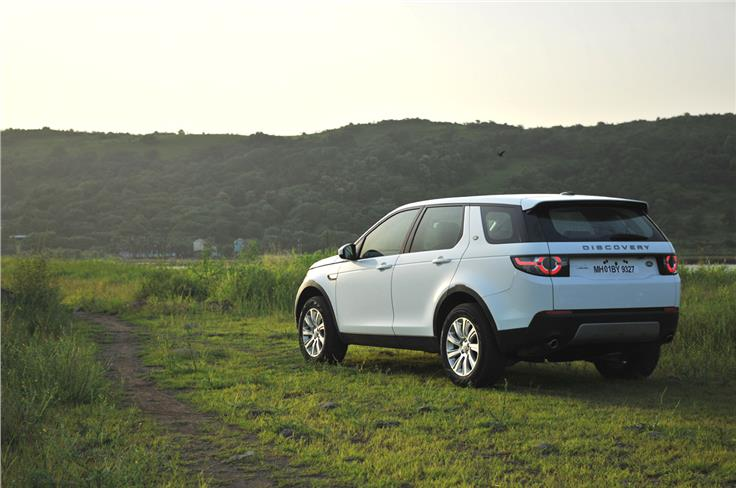 The Discovery Sport is offered in four trim levels – S, SE, HSE and HSE Luxury. It also comes with seven-seat configuration.