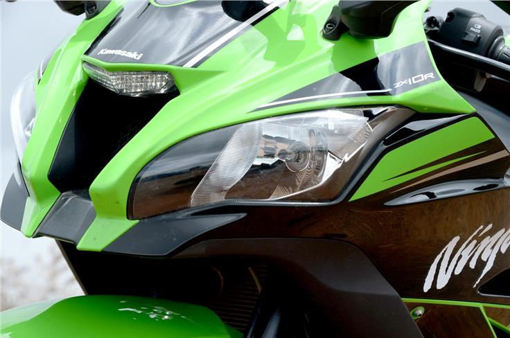 - The front fairing has been slightly redesigned and sports smoother curves than the older 10R.