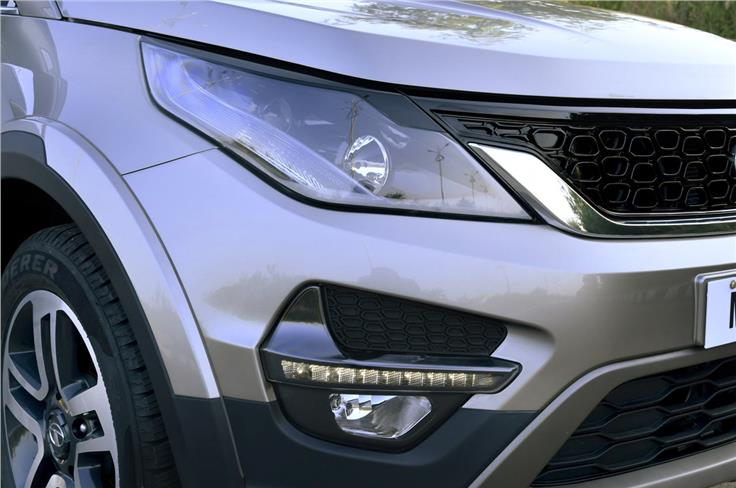 LED daytime running lamps and fog lamps sit within large air-vents on the front bumper.