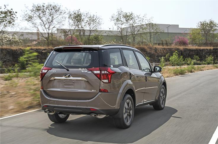 The heavily redesigned tailgate and new tail lamps give the XUV500 a more MPV-like appearance.