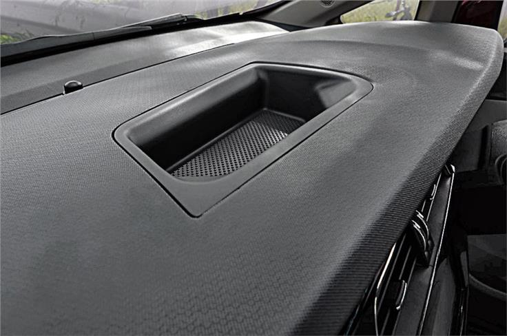 Big storage box on dash but not easy to access. Plastic quality on dash looks and feels quite rich too.
