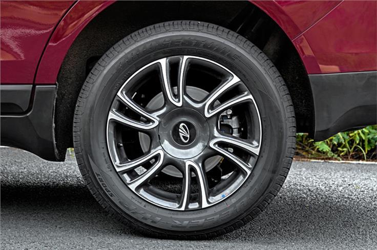 All four wheel disc brakes on the Marazzo.