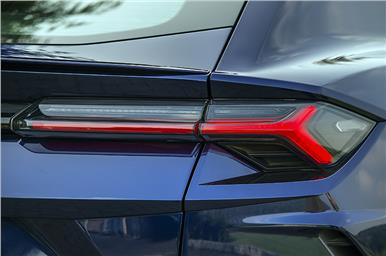 The design of the tail-lamps mirrors that of the headlamps.