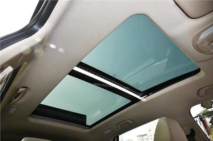 The panoramic sunroof has also been carried over from the pre-facelift Hector.