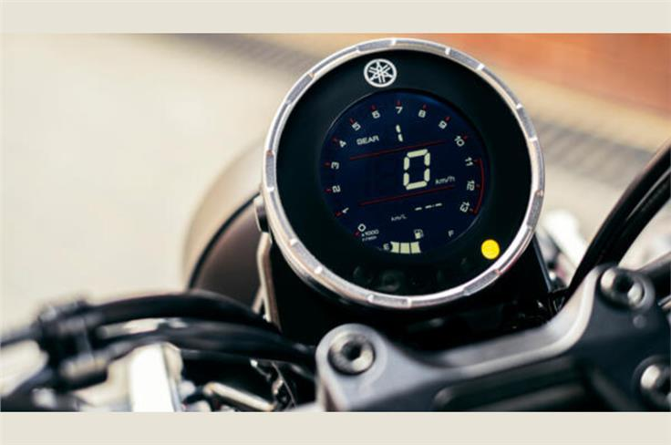 The XSR 125 gets a circular LCD instrument console.