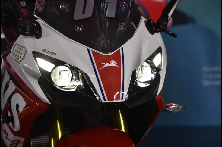 TVS' newly-introduced 'Built to Order' customisation program allows buyers to put their racing number on the windscreen.