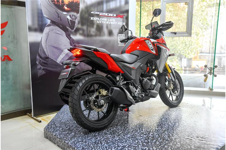 The CB200X is priced at Rs 1.44 lakh (ex-showroom, Delhi), making it Rs 14,000 more expensive than the Hornet 2.0
