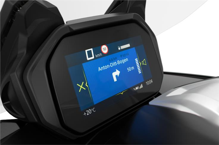 The TFT display offers Bluetooth connectivity.